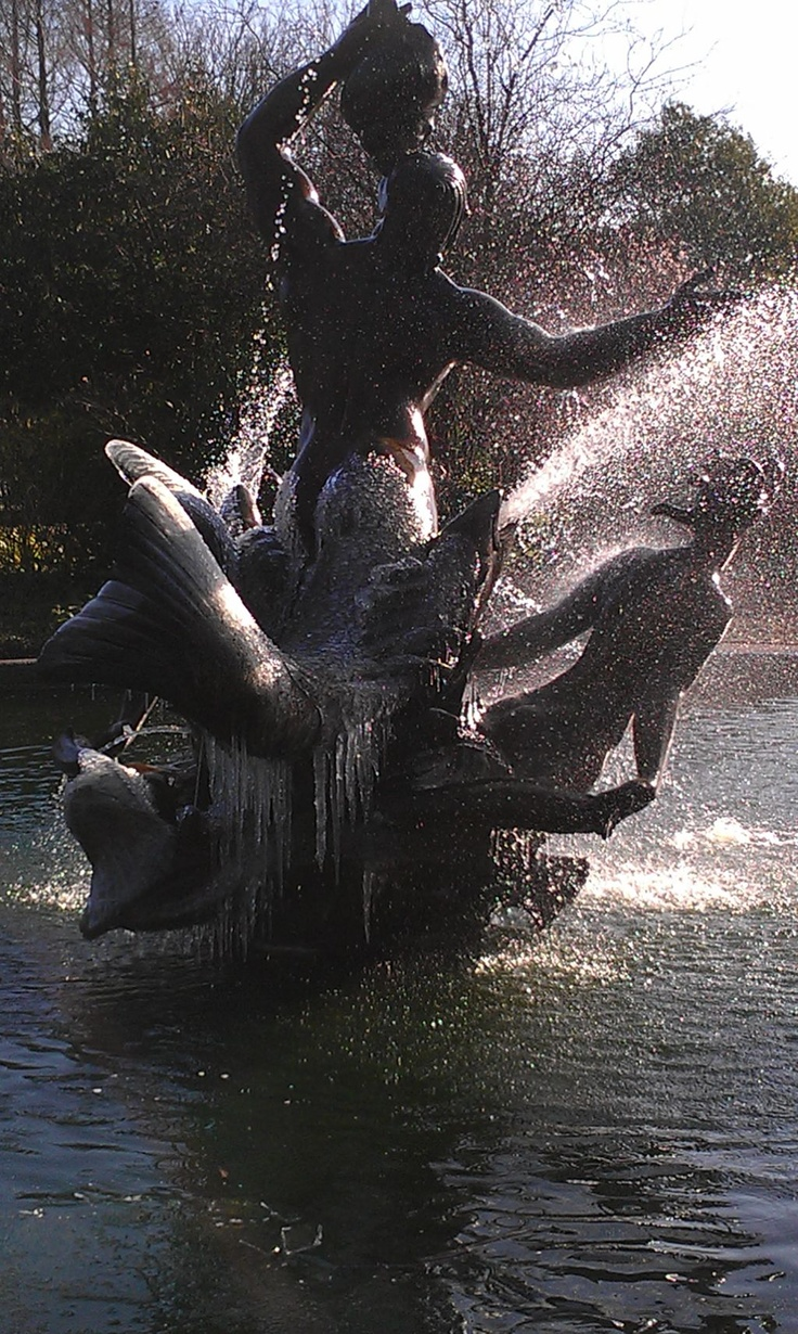 Regent's Park frosted fountain on a beautiful Winter's day