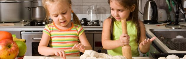 Hoogbegaafd kind opvoeden – IeKu » Hoe houd je hoogbegaafde peuters en kleuters bezig?