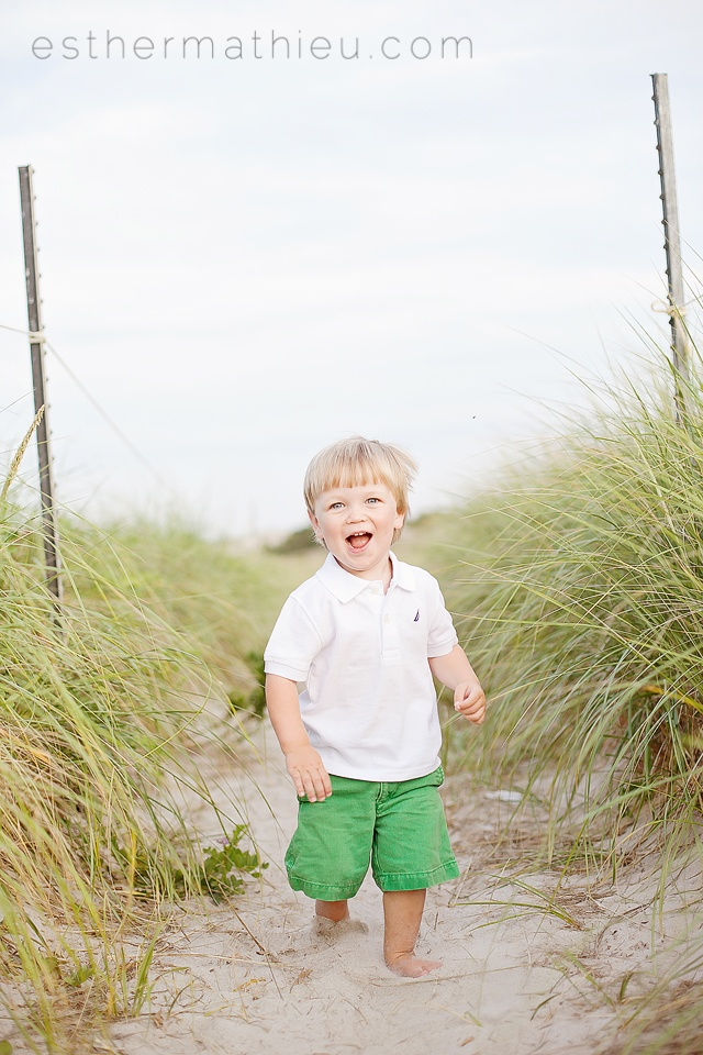 toddler boy on the beach photo session photography