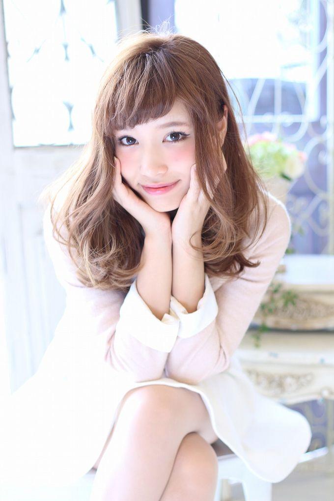 ロングカット×三角顔さんにおすすめしたヘアスタイル☆オン眉とやわらかいエアリー巻きで春の予感を感じるアレンジ♡かわいい愛される髪型♡