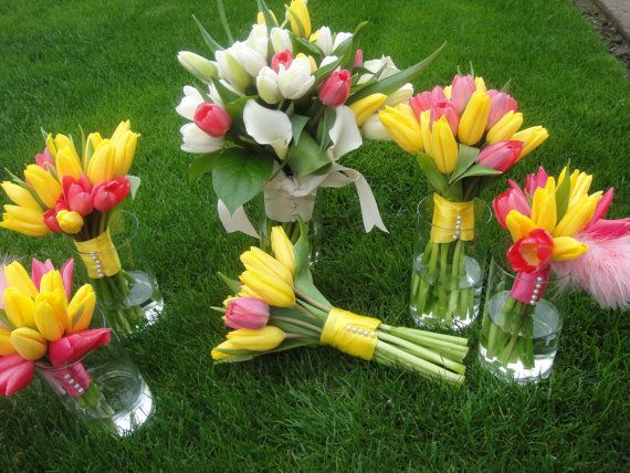 Bridal Bouquets Using Tulips : Best ideas about tulip bouquet wedding on