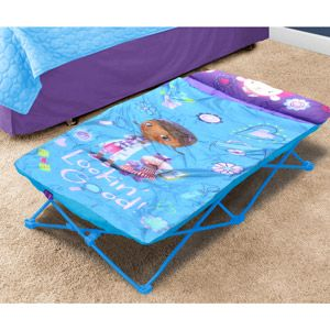 Disney Doc McStuffins On-the-Go Folding Slumber Set