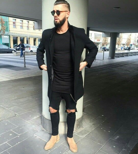I like dark clothes and simple style, but I love the tan boots. Also love the long t-shirt.