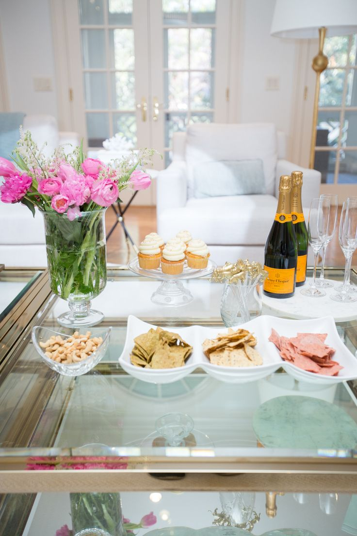 Party Planning Tips for your next Cocktail Hour @VeuveClicquot @FoodShouldTasteGood - Fashionable Hostess | Fashionable Hostess