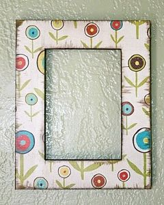 Decoupage Frame made with scrapbook paper. I'm definitely going to do this...Decor, Paper Frames, Old Frames, Scrapbook Paper, Picture Frames, A Frames, Pictures Frames, Wood Frames, Crafts