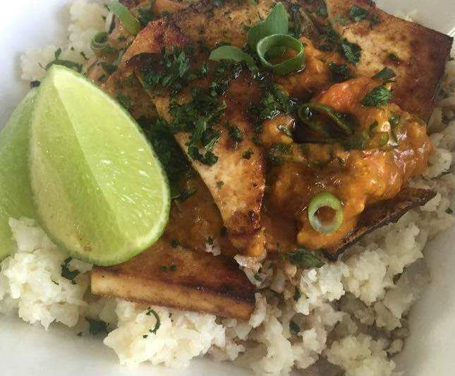 Recipe Garlic cauliflower rice with lemongrass coconut curry and tofu by maccyme90 - Recipe of category Main dishes - vegetarian