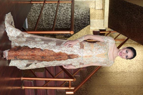 Kebaya pengantin, bridal, baju pesta, gaun pesta,baju pengantin,make up pengantin and wedding dress