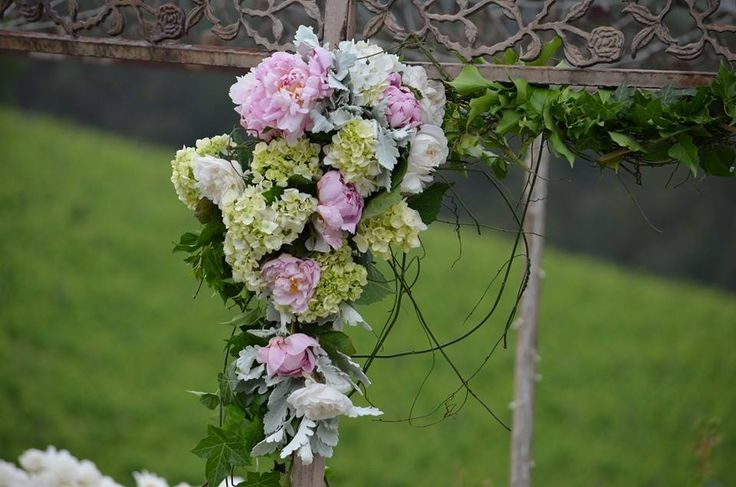 Wedding Flowers to decorate wrought iron gazebo at Yarra Ranges Estate. Winery Wedding | Yarra Valley Wedding | Dandenong Ranges Wedding