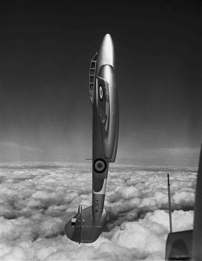 .Gloster Meteor
