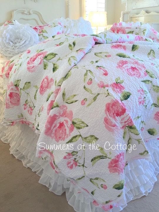 SHABBY PINK TIFFANY PEONY ROSES COTTAGE CHIC RUFFLE QUILT SET & WHITE RUFFLES ACCENT PILLOW
