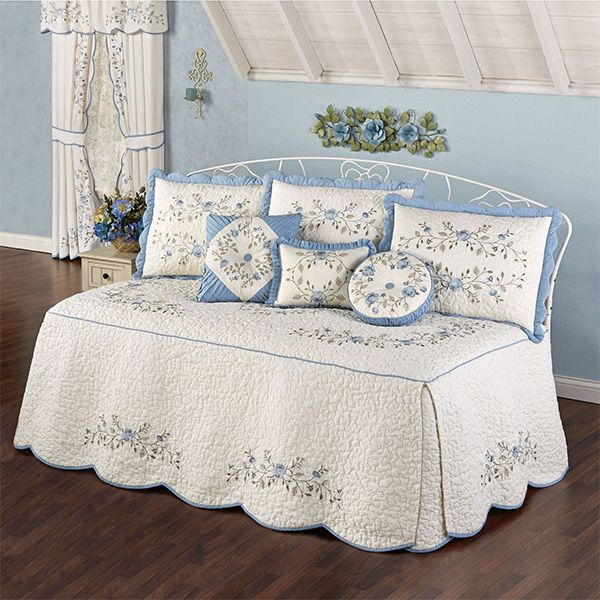 Antique Charm 4 Pc Daybed Bedding Set Daybed Bedding Daybed