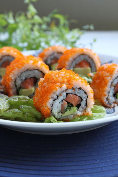 とびっこ (とびらん)をまぶした巻き寿司 by ゆらりさん | レシピ ...