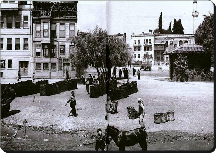 Beşiktaş - Şimdiki iskele'nin bulunduğu alan. Arkada Kaptanı Derya Sinan Paşa Camisi,...