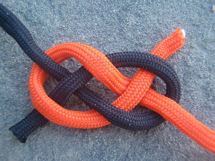 Carrick Bend   This Square Knot alternate joins two ropes together securely, and is easier to untie than a Square Knot.