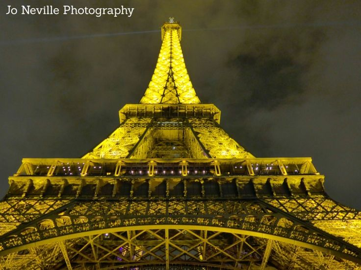 Jo Neville Photography - Paris - Looking up