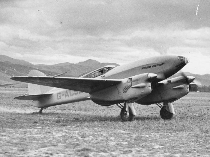 de-Havilland-DH.88-Comet-G-ALSS-Australian-Anniversary.jpg (700×525)