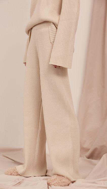 Knit set by Loéil