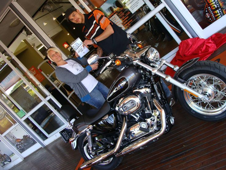 Hey Lobke - they going to eat 1200 Custom dirt in Lydenburg soon! You go girl - congrats and many happy Harley-days! With Lobke Riley and Rusty Goosen at #BigFiveHarleyDavidson #harleydavidson