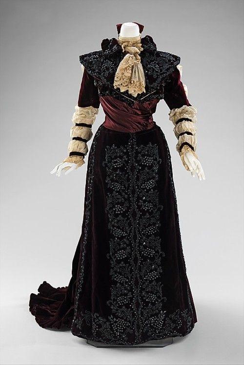 Dress     1890     The Metropolitan Museum of ArtFormal Dresses, Dresses 1890, Art, Historical Fashion, 19Th Century, 1890S, 1890 S, Metropolitan Museums, Vintage Clothing