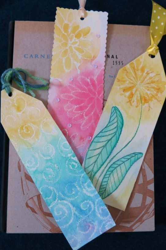 Diy craft project how to make colorful bookmarks using for Easy bookmark ideas