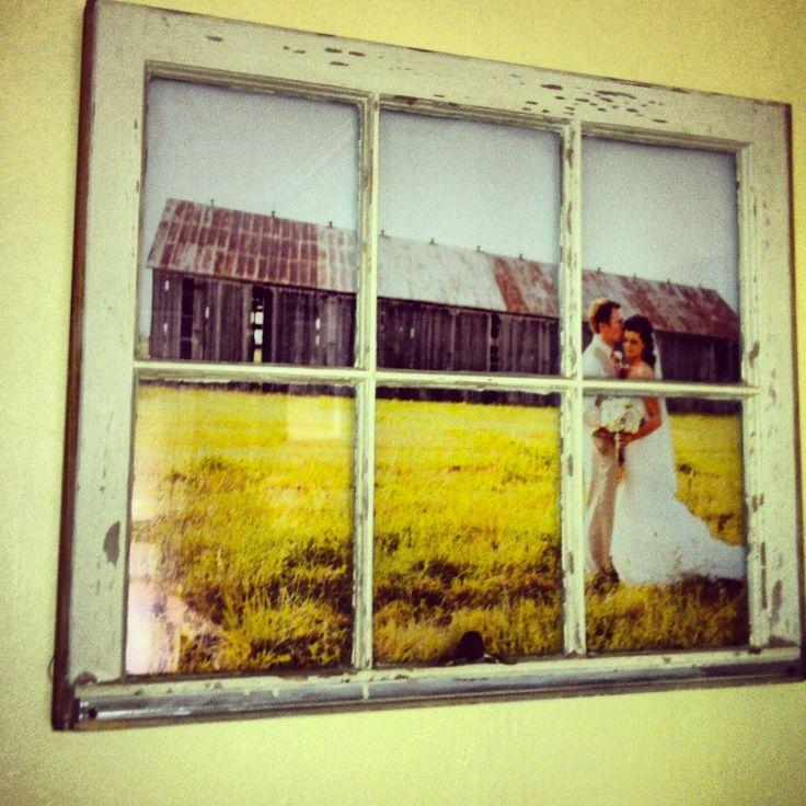 cool vintage #wedding photo display with DIY vintage window pane photo frame