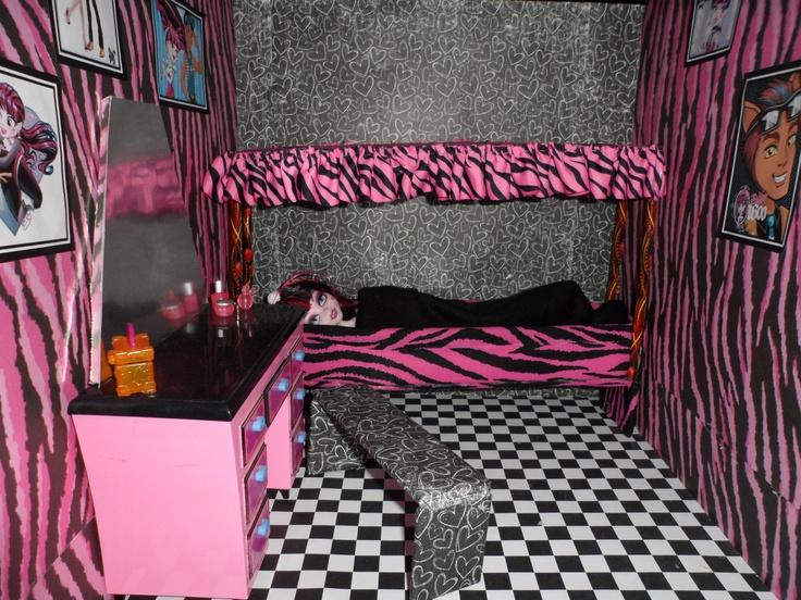 Monster High Doll House Draculaura Room