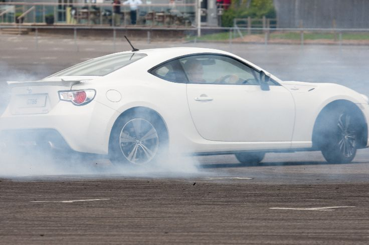 A white GT86 gets sideways