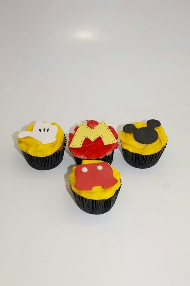 Cupcakes Mickey Mouse 100 % Comestibles .