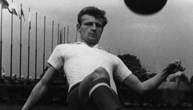 Ernest Pohl jest obecnie najlepszym strzelcem Ekstraklasy • Oto najlepsi strzelcy Ekstraklasy w historii • Wejdź i zobacz ranking #ekstraklasa #ligapolska #polska #pilkanozna #futbol #sport