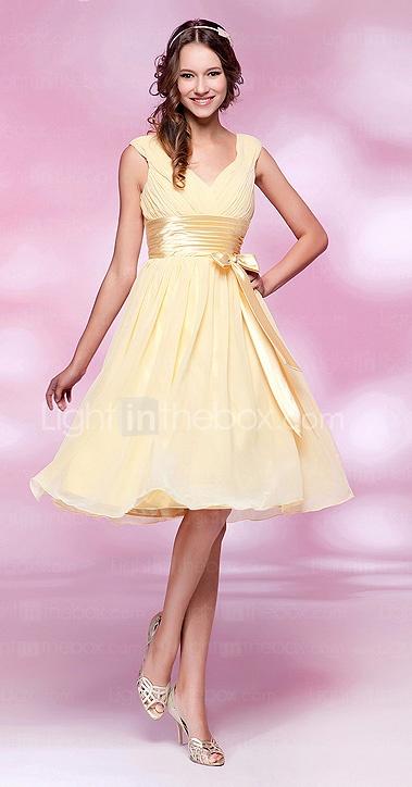 Bridesmaid dress: A-line V-neck Knee-length Chiffon Elastic Woven Satin Cocktail Dress