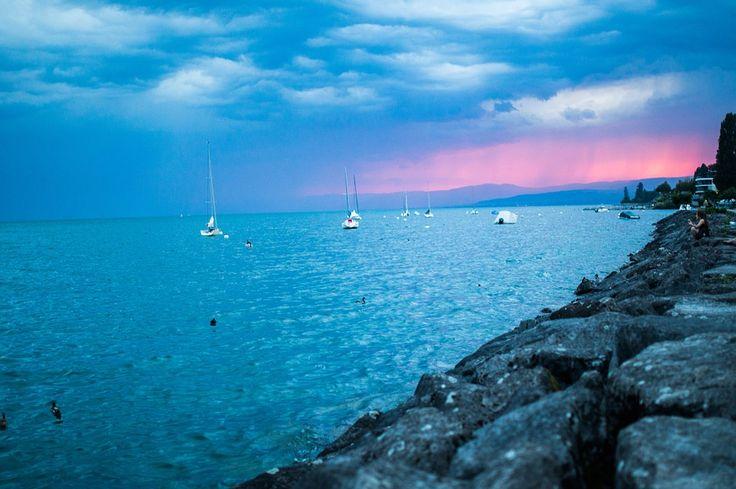En Surcando Mares podrás alquilar una embarcación para disfrutar del mar en tus vacaciones. Podrás alquilar embarcaciones a motor y a vela.