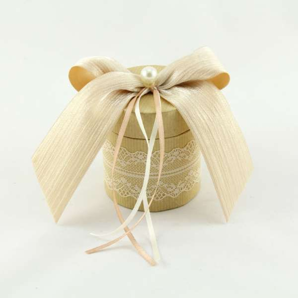 Wedding favor in peach color by BomBom