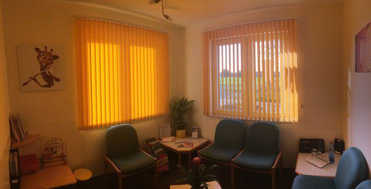 11 best lamellenvorhang nach ma images on pinterest rube goldberg windows and fabric patterns. Black Bedroom Furniture Sets. Home Design Ideas