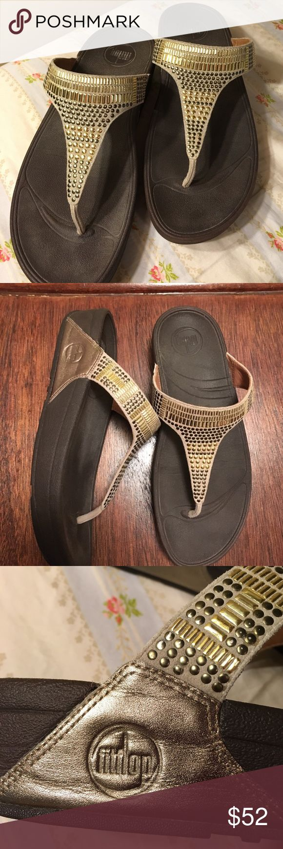 Aztek Chada Thong Fitflop Sandal Metallic bronze The sandals are in excellent condition worn twice.  From a non-smoking household with a rubber sole heel measures approximately 1.5 inches. Leather Thong  features metallic stud covered strap and traction sole. Fitflop Shoes Sandals