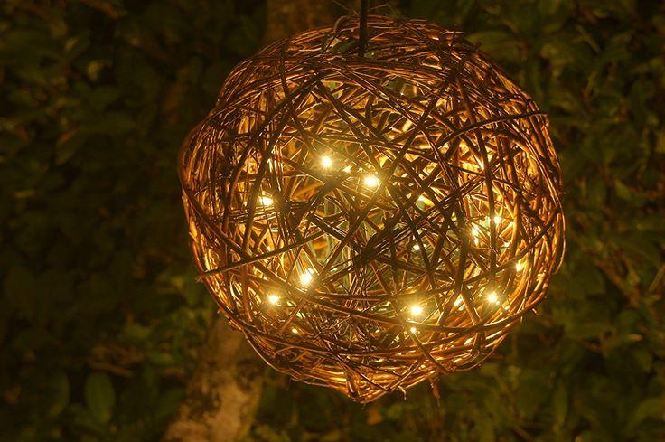 """Amazon.com: Природные Willow Branch LED подвеска лампа By Willowbrite (12 """") Рождественские Декор, Ambient Настроение Освещение Ночь Глобус, романтичный фонарь для свадьбы, отдыха, Патио, Открытый (теплый белый), ротанг, винограда: Главная & Кухня"""