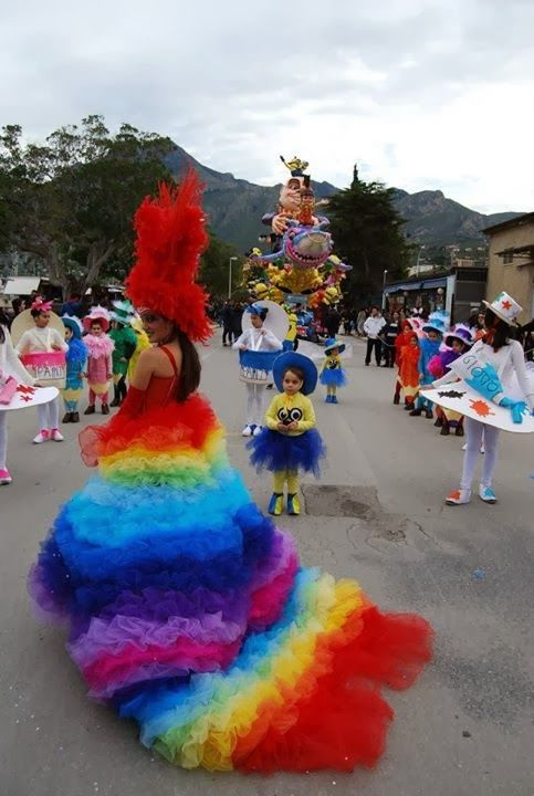 soraya's laboratory costumi carnevale arcobaleno (rainbow) realizzati a mano