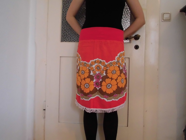 summer! skirt made from vintage-fabric