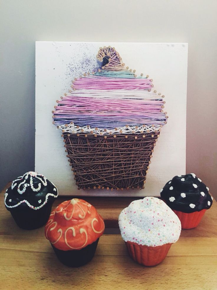 ''A kitchen without cupcake is like a body withou body. '' #stringart #ippy @ippy.ist
