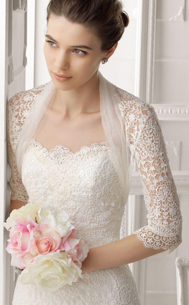 タイトなボレロを合わせて上品に着こなす♪ 花嫁のボレロコーデまとめ。結婚式・ウェディングの参考に☆