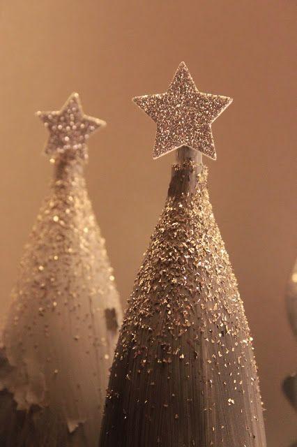 Pyhä Sylvi: DIY: Joulukuusia kertiskuoharilaseista
