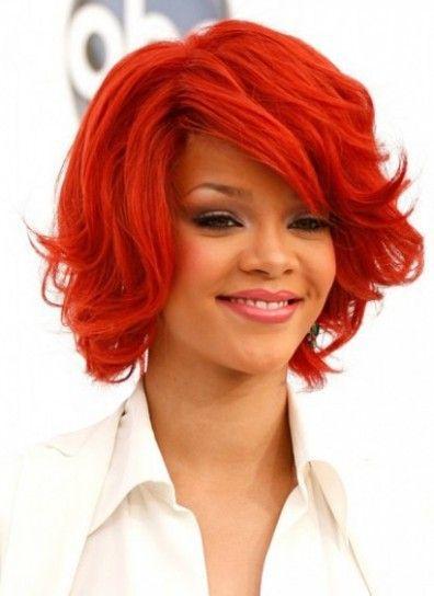 Rihanna capelli rosso fuoco