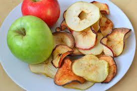 A seguir, confira 4 receitas de chips de legumes, que são uma delícia, e que são ótimos substitutivos aos salgadinhos industrializados: