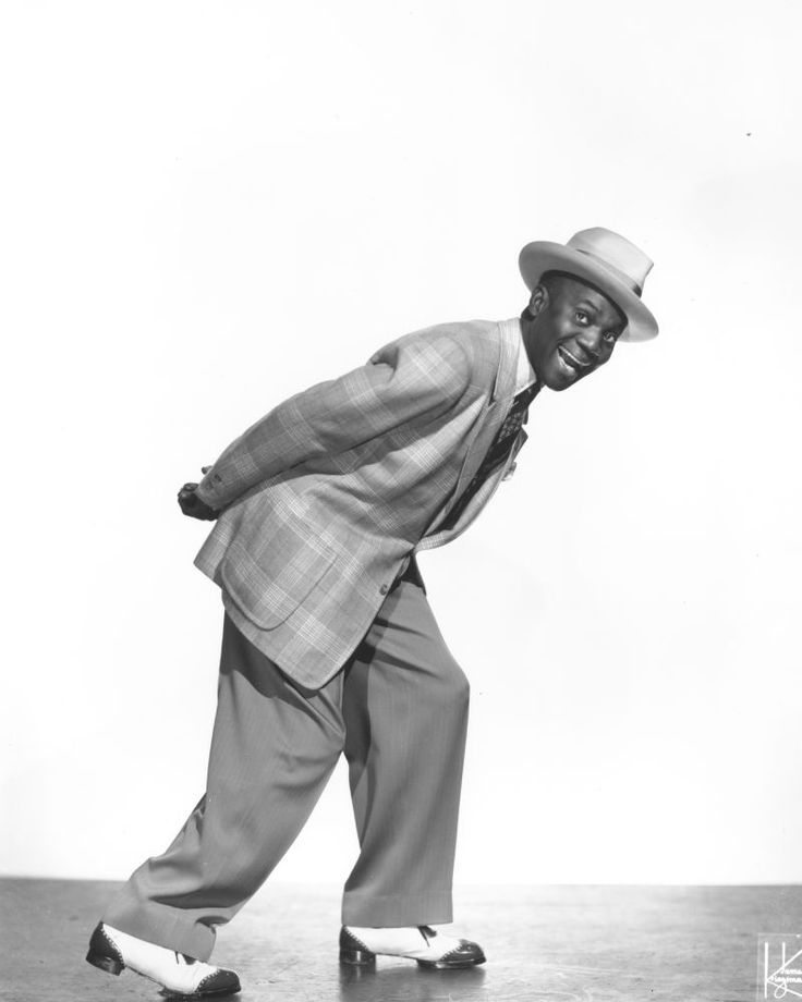 bill bojangles robinson B 25 may 1878, richmond, virginia, usa, d 25 november 1949 as a child robinson worked in racing stables, nursing a desire to become a jockey he danced for fun and for the entertainment of others.