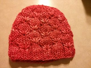knit this quick hat in no time with some bulky weight yarn & this free pa...