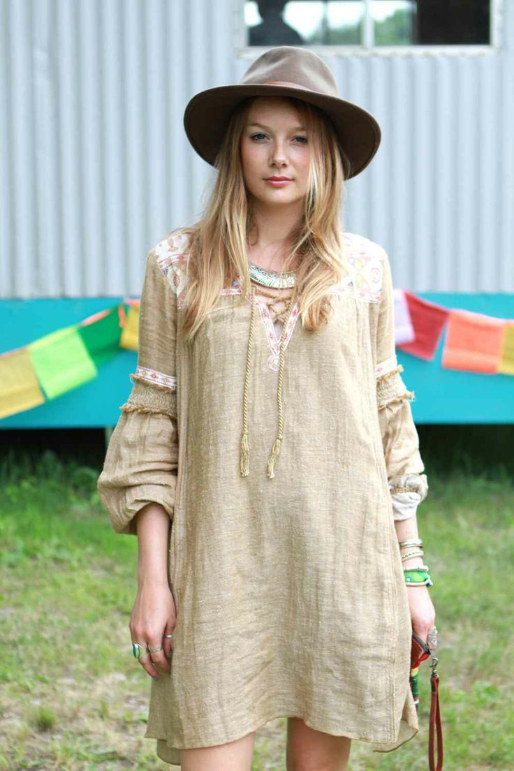 As the assistant tour manager for Chvrches, Sophie Jane Loomis is likely a pro at festival dressing. Although, her pairing of oversized Free People dress; vintage, wide-brim hat; and layers of bracelets and rings was a tell-tale sign, as well.
