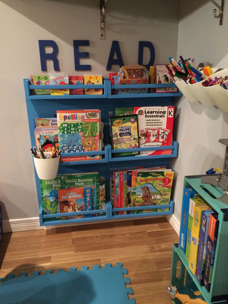Book shelf, very easy and a good bought