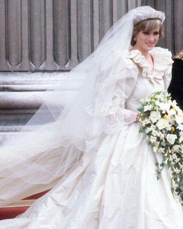 10 best Unvergessliche Hochzeitskleider images on Pinterest ...