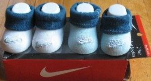 Kaos Kaki Bayi Model Sepatu - Nike Newborn Bayi Bayi Crib Socks Booties Sepatu Biru / putih biru dengan Plaid, 0-6 Bulan. 2 Pair Besar Bayi Gift Set | Pusat Sepatu Bayi Terbesar dan Terlengkap Se indonesia