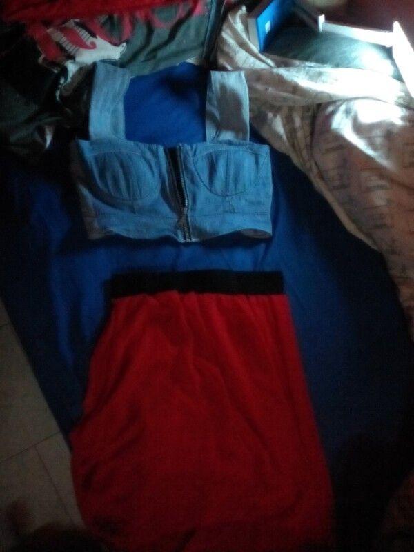 Modifica a vestito: gonna a vita alta con elastico e top corto con cerniera e retro aperto con fasce elastiche
