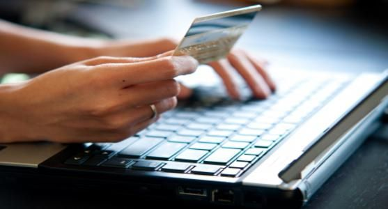 Fazer seu orçamento pessoal é essencial para o bom uso do cartão de crédito para pagamento de contas. Veja nosso artigo sobre como o mal uso pode ser um péssimo negócio.